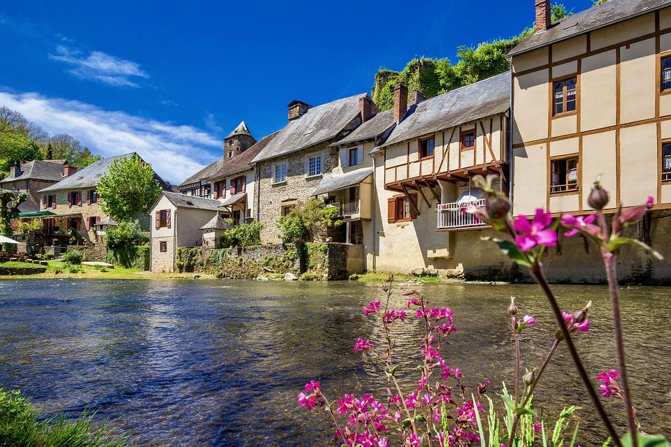 Restaurer une ancienne maison en Corrèze, un très beau projet immobilier.